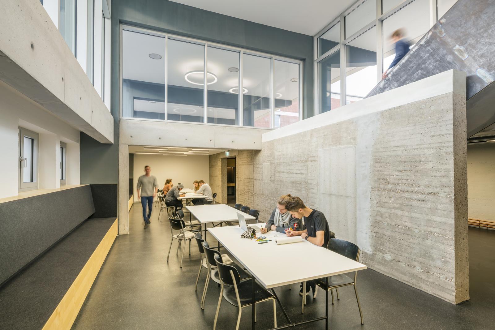 Lernzentrum architektur hochschule darmstadt university for Fachhochschule architektur